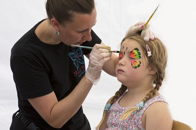 face-painting-833180_640