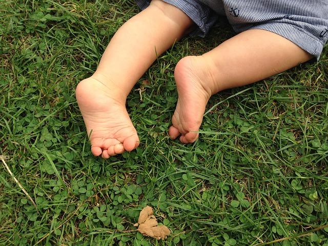 feet-990164_640