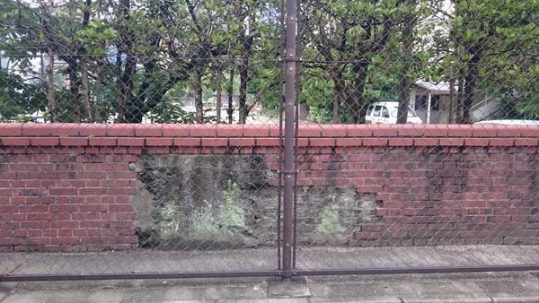 DSC_0613レンガ塀