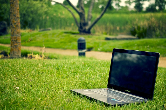 notebook-405755_640