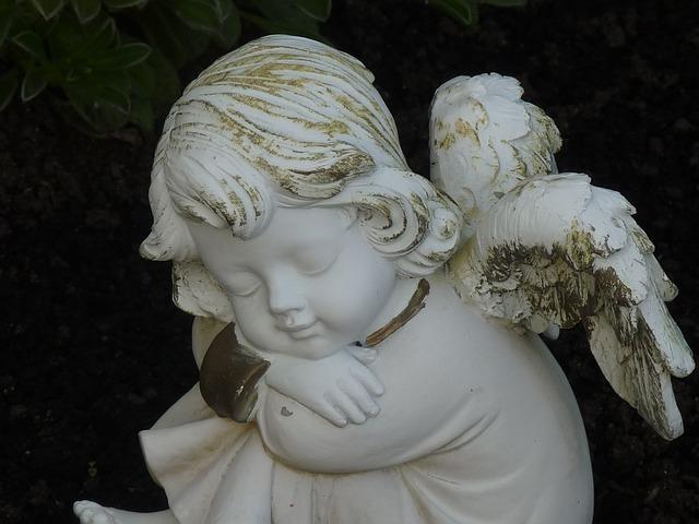 angel-260993_640