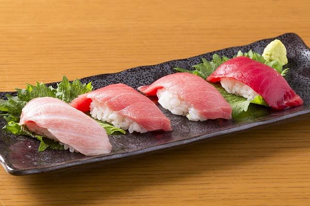 sushi-1565861_640