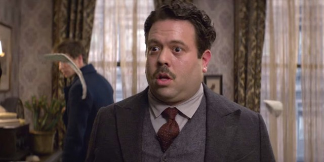 a-fantastic-beasts-actor-basically-gave-away-the-entire-plot-of-the-new-harry-potter-movie1-640x320